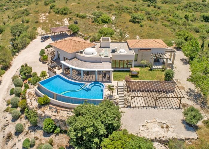 Detached Villa For Sale  in  Kritou Terra