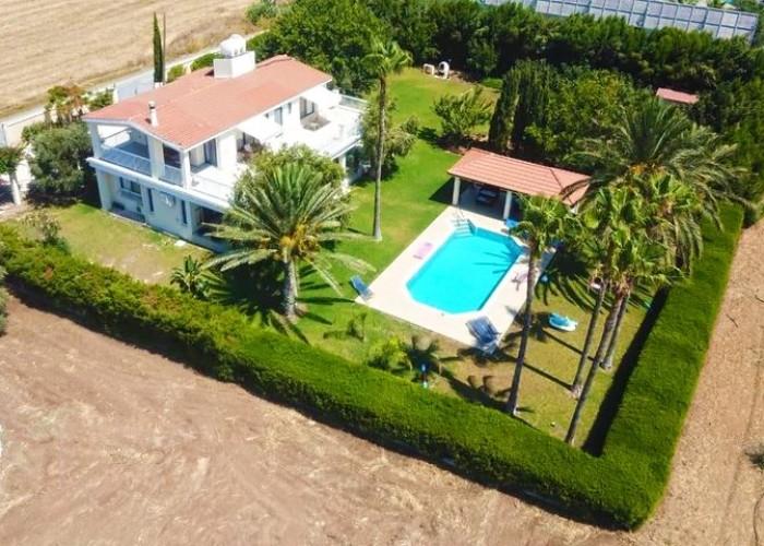 Detached Villa For Sale  in  Timi