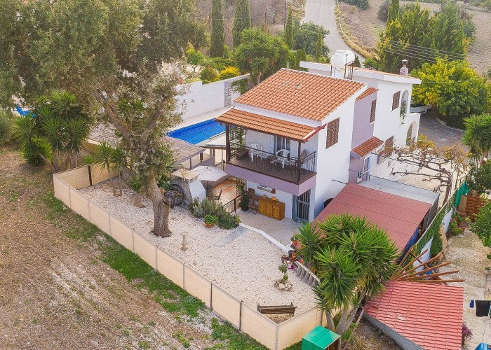 Detached Villa For Sale  in  Lysos