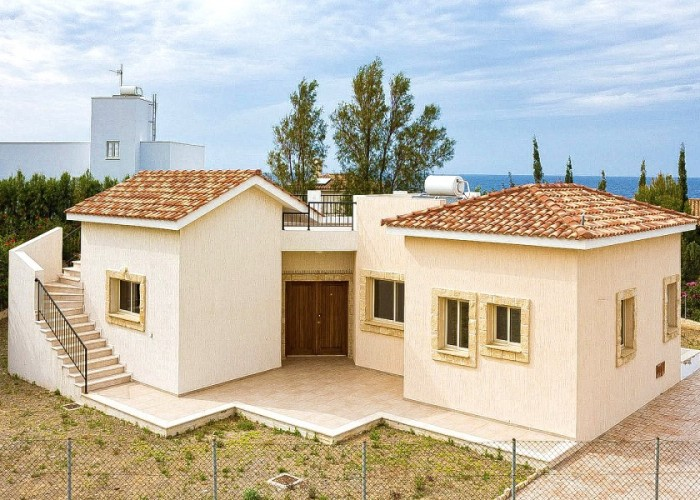 Bungalow For Sale  in  Pomos